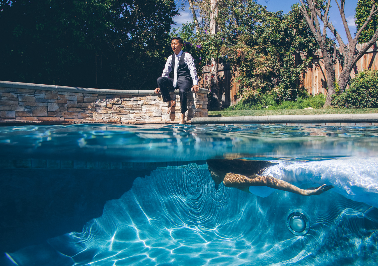 Trash The Dress Underwater Swimming Pool Photo Session